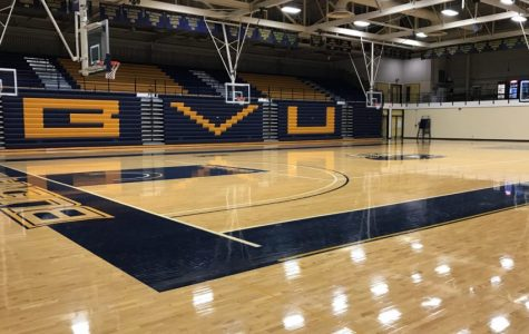 Men's and Women's basketball participate in opening weekends