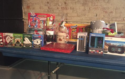 SAB holds holiday mixer for students