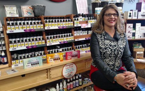 BVU alum teaches Storm Lake the essentials about oils