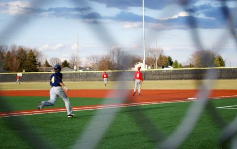 Baseball achieves 4-game sweep over Central