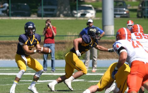 Football drops season opener against 8th ranked UW-Platteville
