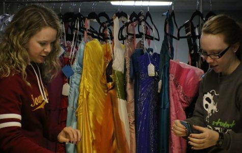 BVU offers discounted prom dresses to Storm Lake and surrounding communities