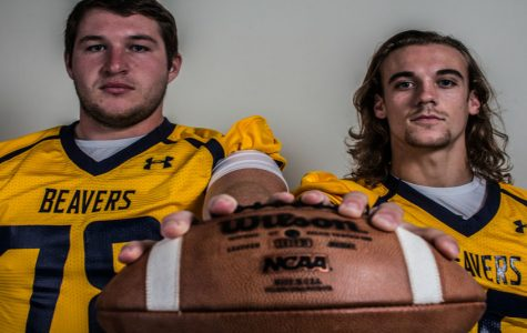 Seitz and Munn receive national football honors