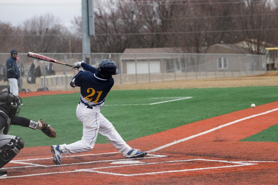 BVU+Baseball+Wins+Four+out+of+Five+IIAC+Games+this+past+weekend