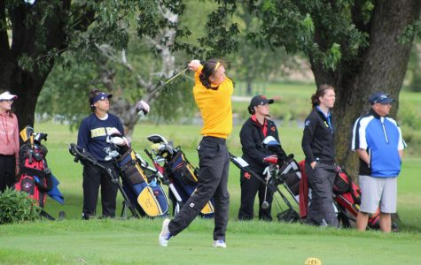 BVU Men's and Women's Golf Teams See Consistent Improvement in the Fall