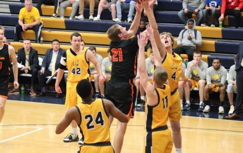 Storm Tops Beavers in 3-Point Barrage