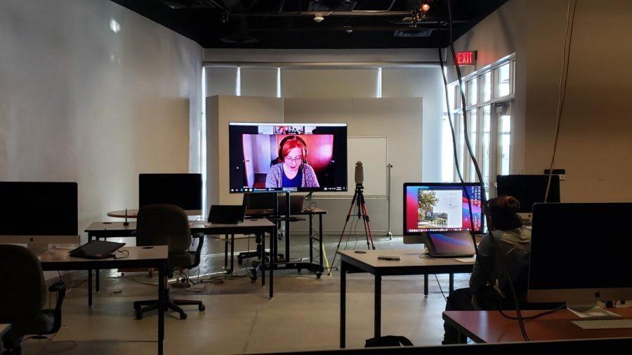 Visiting Graphic Designers Teach Online Art Classes