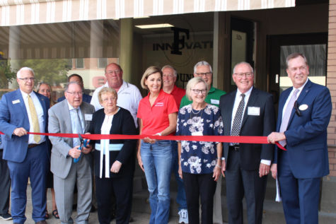 BVU Opens The Foundry; Governor Reynolds alongside The Lamberti's appear